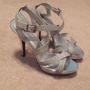 Strappy glitter heel